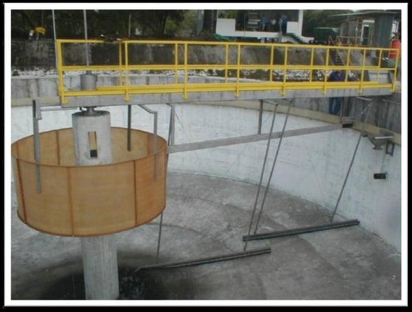 Decantación secundaria para aguas residuales