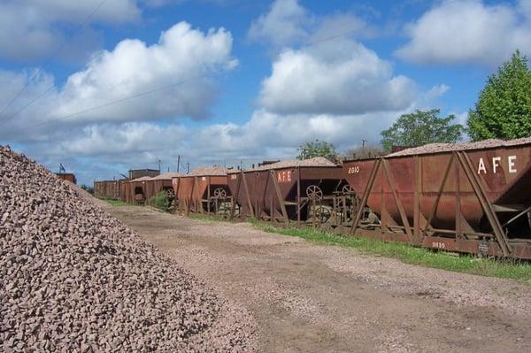 tolvas de balasto para construcción de ferrocarril