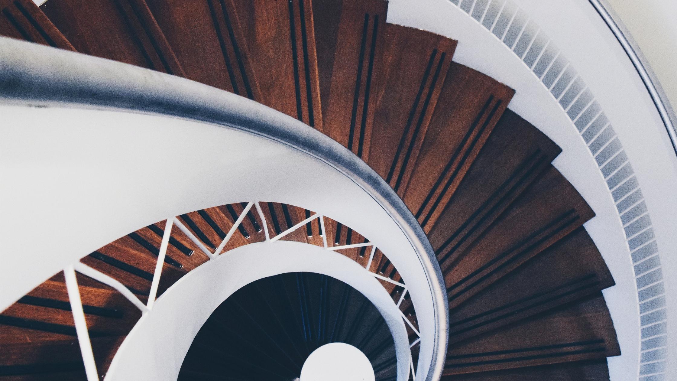 Calcular escaleras: operaciones esenciales para proyectos expertos