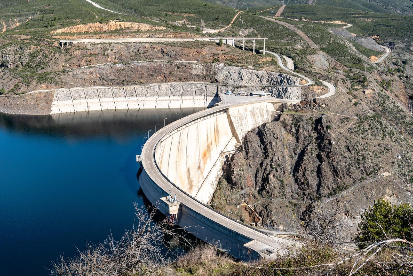 Ventajas y desventajas de energía hidráulica